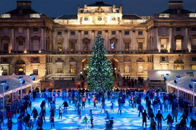 skate-at-somerset-house-by-misterfran