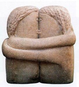 BRANCUSI-the-kiss-sculpture-constantin-brancusi